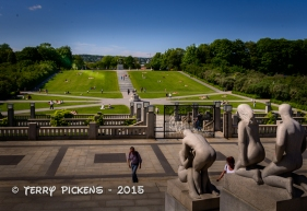 View from Monolith Plateau to the Circle of Life at Frogner Park