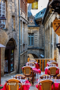 Cozy place to eat in Sarlat