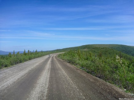 Dempster Hwy Photo by others from Google