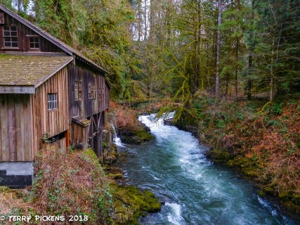 Cedar Creek Grist MIll and Cedar Creek